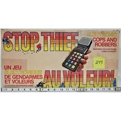1979 PARKER BROS STOP THIEF ELECTRONIC COPS & ROBBERS BOARD GAME