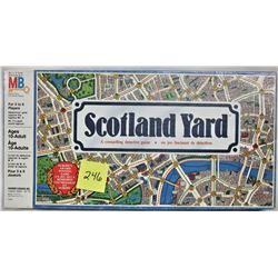 1984 MILTON BRADLEY SCOTLAND YARD DETECTIVE BOARD GAME