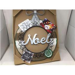 Noel Card Holder