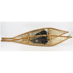 Vintage Snow Shoes. WILL NOT SHIP