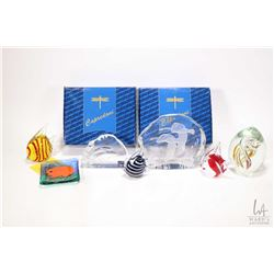 "Tray lot of art glass collectibles including two pieces of Alfred Capredoni glass, a 5 1/2"" pair of"