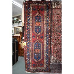 100% Iranian Zanjan wool carpet runner/ area carpet with double medallion, multiple borders, red bac