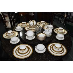 Selection of Minton Buckingham china dinnerware including ten each of dinner plates, luncheon plates