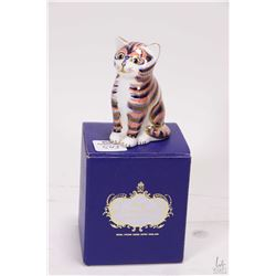 """Royal Crown Derby Imari cat with gold button, 3 1/4"""" in height"""