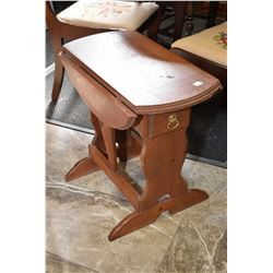 Small pine gate leg, drop leaf table with single drawer