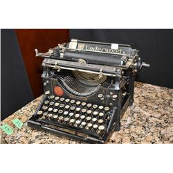 Antique Underwood No. 5 manual typewriter