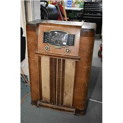 Floor standing walnut cased Zenith brand short wave radio, not tested