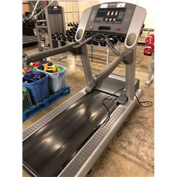 LIFE FITNESS 95TI COMMERCIAL INCLINE TREADMILL, 120V/20A PLUG, PARTS ONLY, NOT WORKING, CONDITION