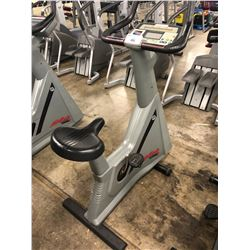 LIFE CYCLE 9500HR UPRIGHT BIKE (OLDER MODEL)