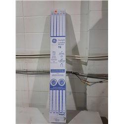 "GE Lighting 48"" 32W 6500k Bulbs (Missing Bulb)"
