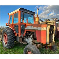 MF 1085 TRACTOR W/ 3100 HRS