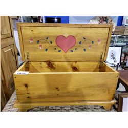 WICKER BENCH & HOPE CHEST