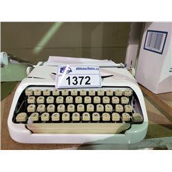 ROYAL TYPE WRITER