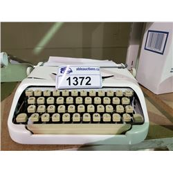 ROYAL TYPE WRITER