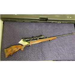 WEATHERBY MARK V, .300 WBY MAG, BOLT ACTION, SERIAL #H206911, WITH SCOPE, HARD CASE, AND TRIGGER