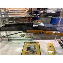 BB GUN WITH CASE
