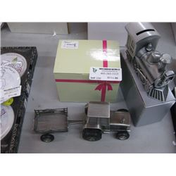 PAIR OF TRAIN / TRACTOR BANKS W/BOXES
