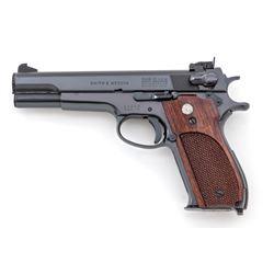 SW Model 52 Semi-Auto Target Pistol
