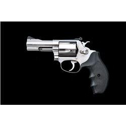 SW Model 60-4 Chief's Special Revolver