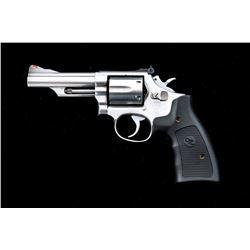 SW Model 66-2 Combat Magnum Revolver