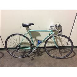 GREEN BIANCHI 20-SPEED ROAD BIKE