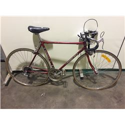RED ROADACE 303 12-SPEED ROAD BIKE