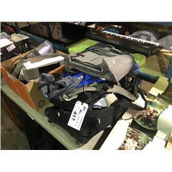 LOT OF ASSORTED TRAVEL AND SHOULDER BAGS