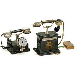 2 Table Telephones