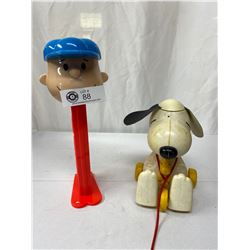 Vintage Charlie Brown Large Pez Plus Snoopy Pull Along Toy