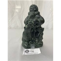 """Eskimo With Bears Sculpture By Wolf Sculptures Of Canada, Highly Detailed, 7.5"""" Tall With Dark Green"""