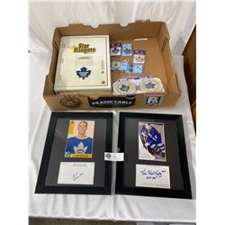 Toronto Maple Leafs Sports Lot Autograph Pictures Of Red Kelly And Burt Olmstead, Etc