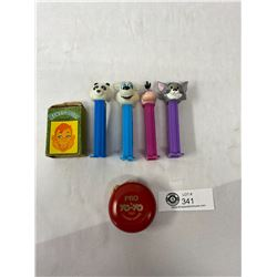 Pez Collectibles, Yoyo And Howdy Doody Cards