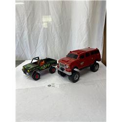 2 Plastic Playmobile Trucks