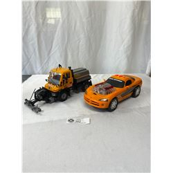 2 Plastic Cars, Makes Sounds
