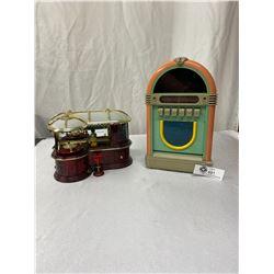 Popworks 1987 Jukebox Radio/Cassette Plus Plastic Bar Scene