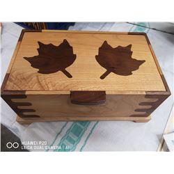 """10"""" X 6"""" X 5"""" DECORATIVE WOOD JEWELRY BOX WITH"""