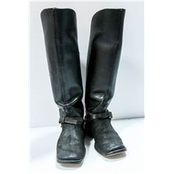 MODEL 1885 CAVALRY BOOTS AND SPURS