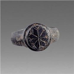 Ancient Byzantine Bronze Ring with Palm/Star c.10th cent AD.