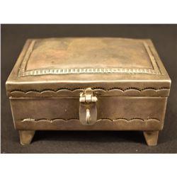 NAVAJO INDIAN SILVER BOX (DONALD DAVID)