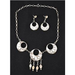 ZUNI INDIAN NECKLACE AND EARRINGS ( BESSIE VACIT)