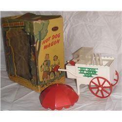 Ideal boxed 1950s Hot Dog Wagon Ice cream Soda vendor umbrella cart soda playset toy- jouet vieux