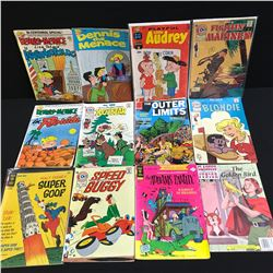 VINTAGE COMIC BOOK LOT (DENNIS THE MENACE, THE ADDAMS FAMILY...)