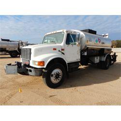 2002 INTERNATIONAL 4700 Asphalt Distributor Truck