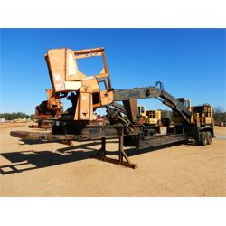 TIGERCAT 240B Log Loader