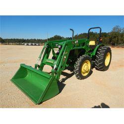 JOHN DEERE 5075E Farm Tractor