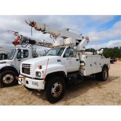 2000 CHEVROLET C8500 Reel  / Tubing Truck