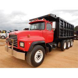 1997 MACK RD690S Dump Truck