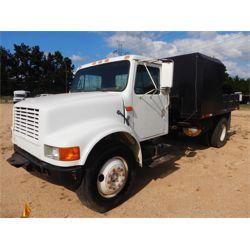 1992 INTERNATIONAL 4700 Flatbed Truck