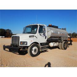 2010 FREIGHTLINER M2 Asphalt Distributor Truck