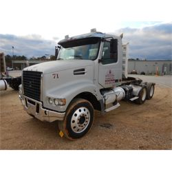2007 VOLVO VHD64FT Day Cab Truck